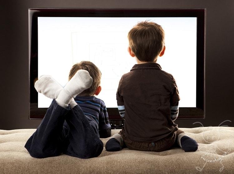 Ребенок и телевизор