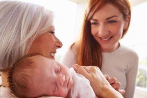С кем оставить ребенка